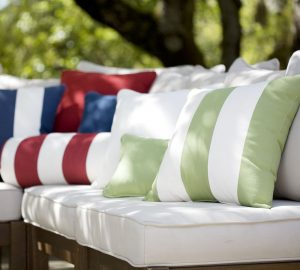 Etonnant Picking Outdoor Cushions And For Your Patio Furniture